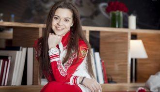 """Adelina Sotnikova và 7 năm ròng rã bị đe dọa, khủng bố từ fan """"Nữ hoàng trượt băng"""" Yuna Kim"""