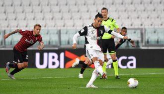 Bất ngờ để thua Napoli, Juventus lâm vào thế khó trong Serie A