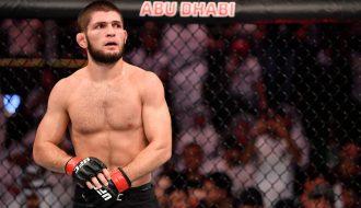 CLB Nga mời võ sĩ UFC Khabib Nurmagomedov sang đá bóng