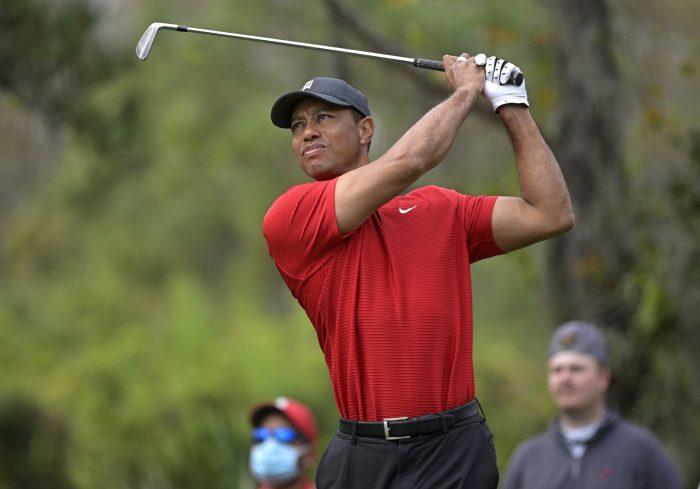 Woods đang dưỡng sức sau ca phẫu thuật lưng gần cuối năm ngoái.