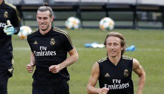 Ian Rush gửi lời khuyên đến Mourinho sau màn tỏa sáng của Gareth Bale