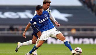 James Rodriguez trở lại sau chấn thương và ghi bàn trong trận đấu Leicester City